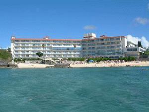 《ホテルみゆきビーチ》目の前はプライベートビーチ!<br />全室オーシャンビューでバルコニー付のお部屋から<br />エメラルドの海を堪能できる♪嬉しい大浴場無料利用OK