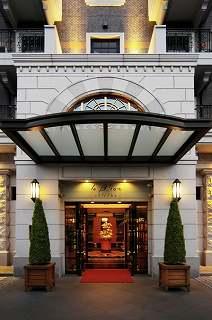 《ホテルブライオン那覇》那覇市の中心に位置して<br />国際通りなどへもアクセス便利!ハイクラスの快適性<br />と機能性を併せ持つ欧風調のビジネスホテル♪